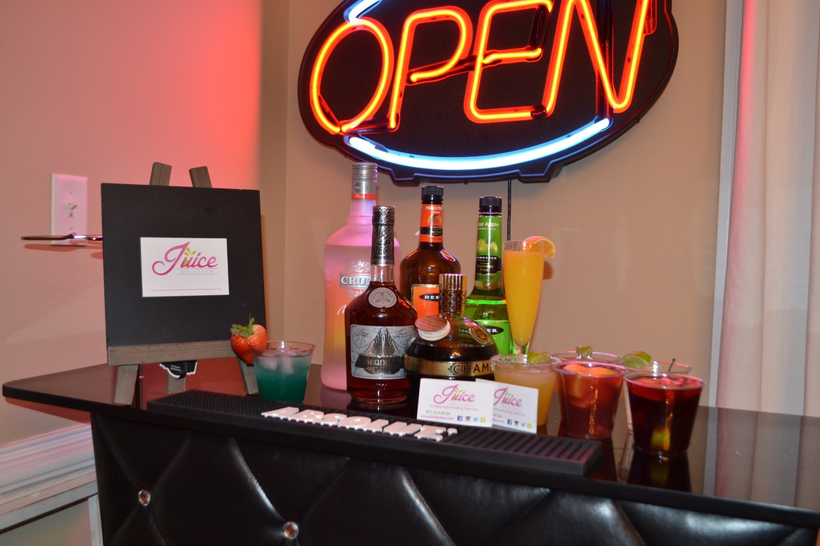 Juice by Lissa Memphis private bartender mixed drinks and juice Collierville bartending service